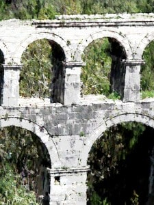 Aquaduct on the road to Selcuk