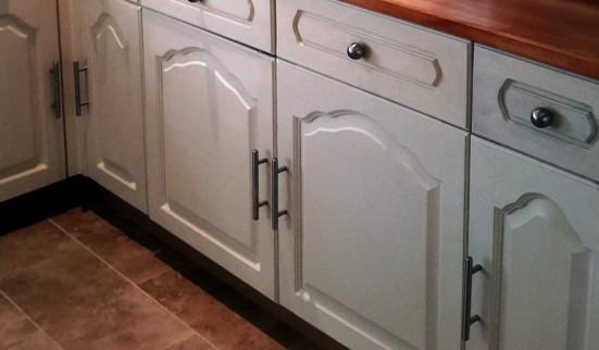 chalk paint refurbished kitchen cabinets