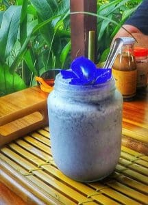 butterfly pea smoothie