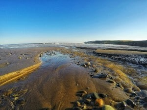 low tide abermawr pembrokeshire